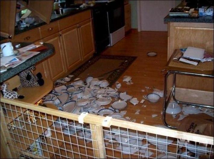 Падает посуда на кухне что делать приметы