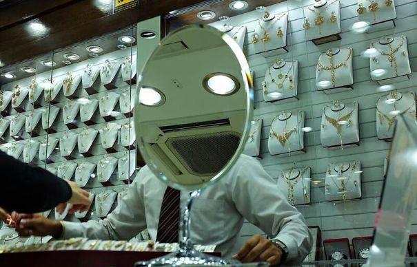 Зеркальный человек парейдолия, похоже да не то же, похоже на лицо