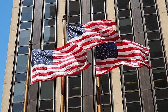 Основные фондовые индексы США вновь обвалились