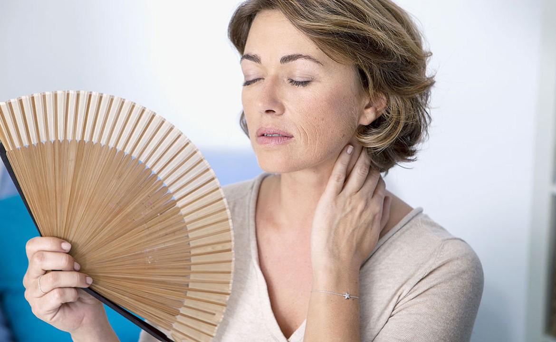 Как справиться с проявлениями климакса без гормональных препаратов