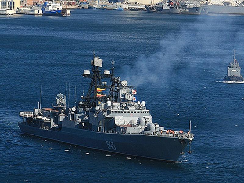 В порту Владивостока загорел…