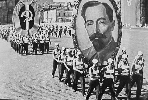 Двадцатилетию ВЧК руководитель советской разведки