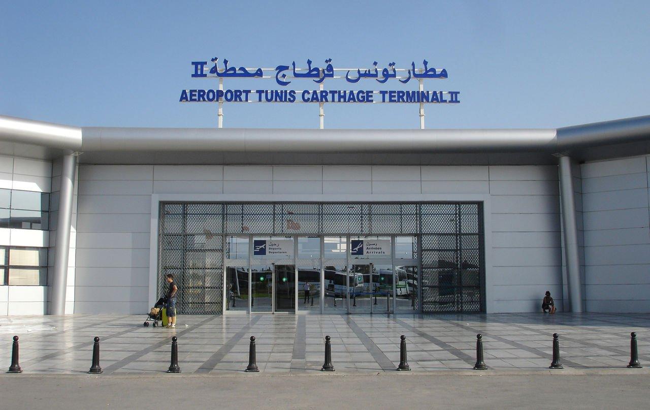 МИД предупредил россиян о сбоях в работе аэропорта Туниса из-за забастовки авиадиспетчеров