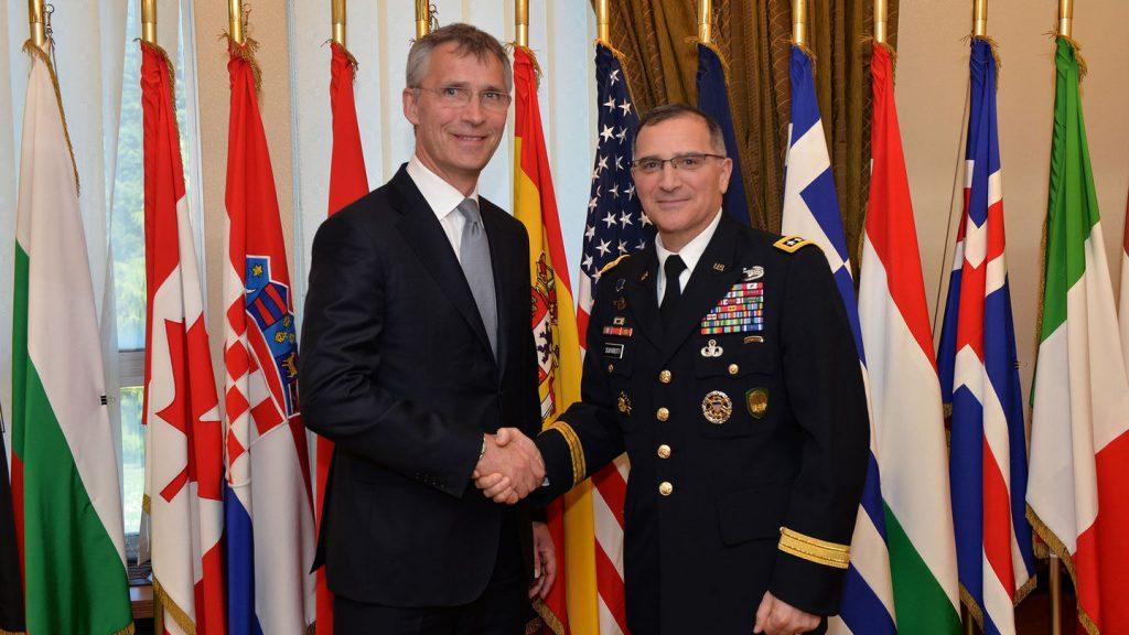 НАТО обвиняет в чем-то Росси…