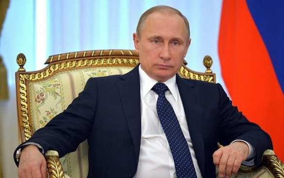 «Некоторые документы общество удивят»: Президент России заявил, что принял решение о рассекречивании множества архивных документов