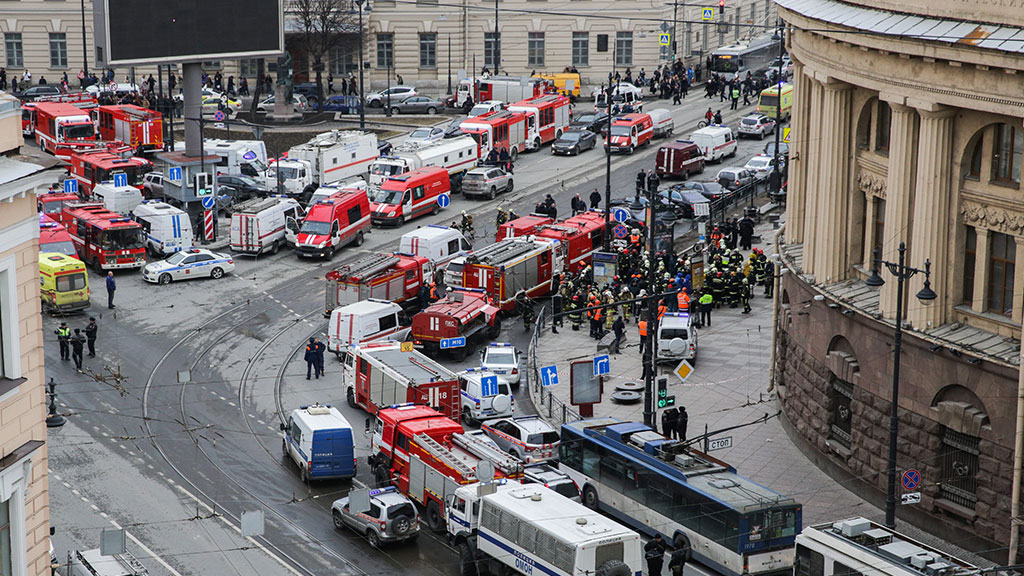 Два человека объявлены в розыск по подозрению в организации теракта в Петербурге