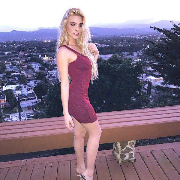 Lookout Boys…Here Come the Babes in Tight Dresses (56 pics + 2 gifs)