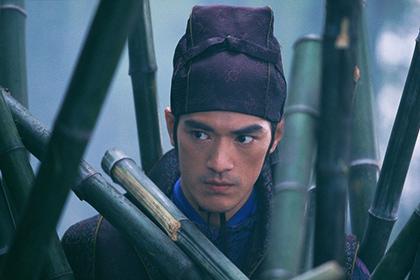 Актер из «Дома летающих кинжалов» упал с лошади в Таиланде