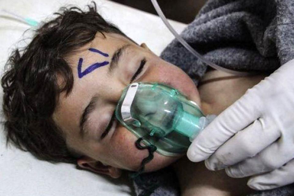 Никто из детей на видео не производит впечатления жертв химической атаки