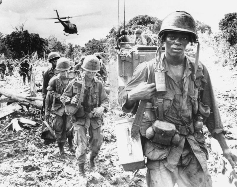 А зачем США воевали во Вьетнаме?
