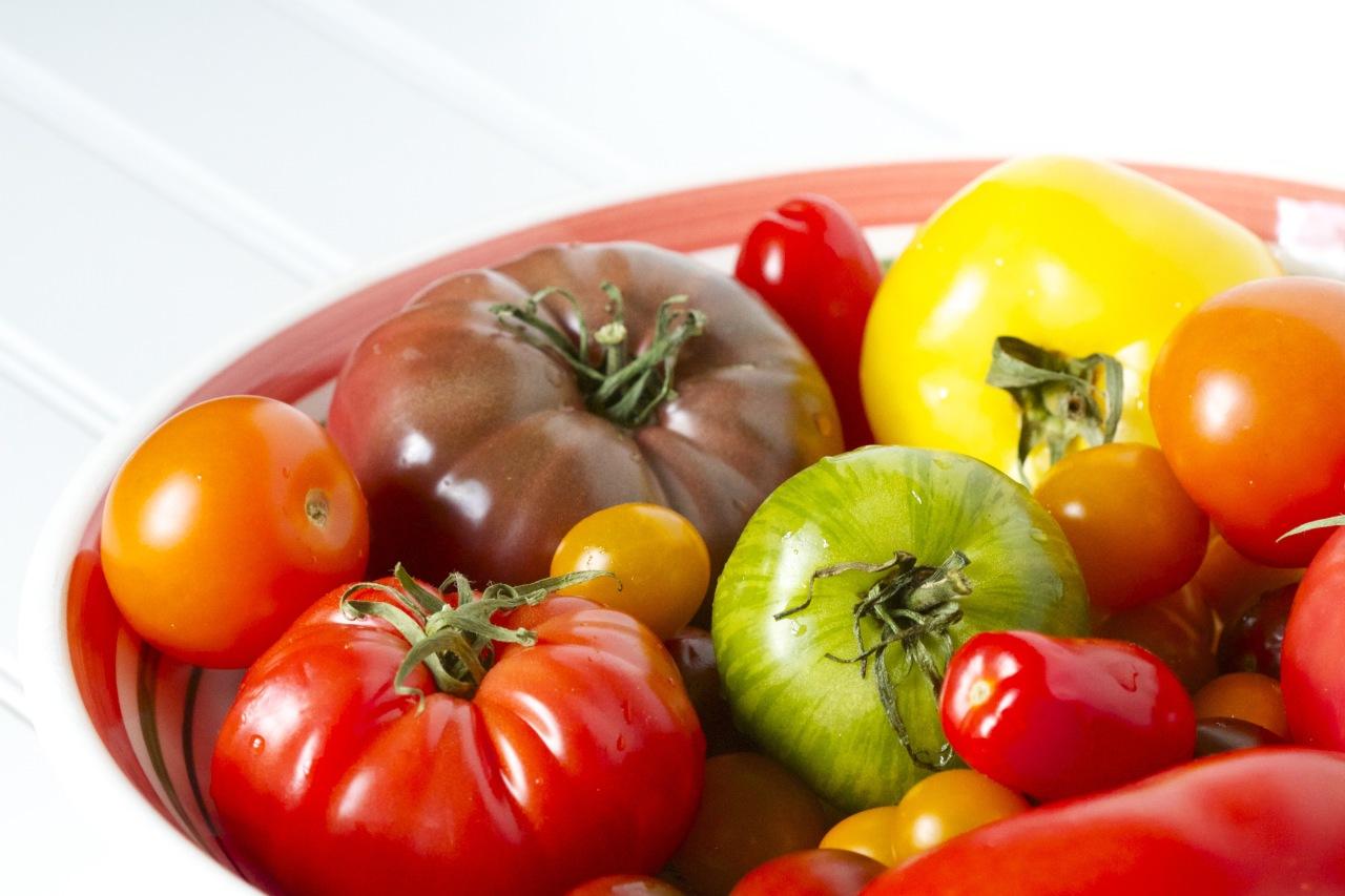 Как вырастить рассаду помидоров из... кусочка помидора