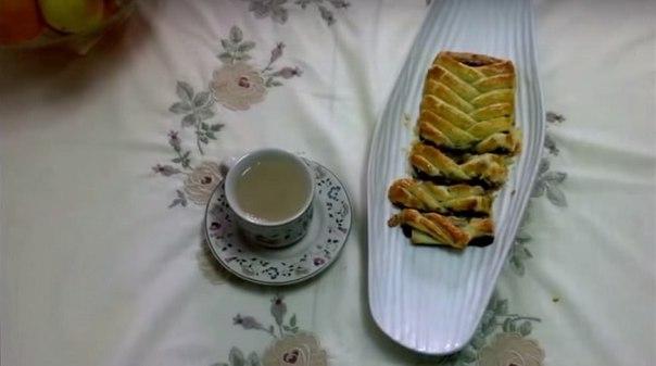 Как получить максимум от плитки шоколада: аппетитный десерт к чаю.