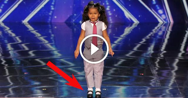 5-летняя малышка покорила судей своим голосом