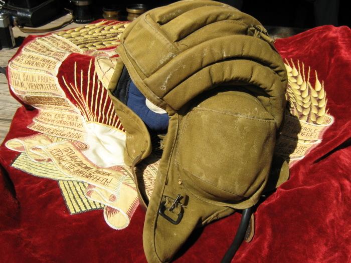 История шлема танкистов