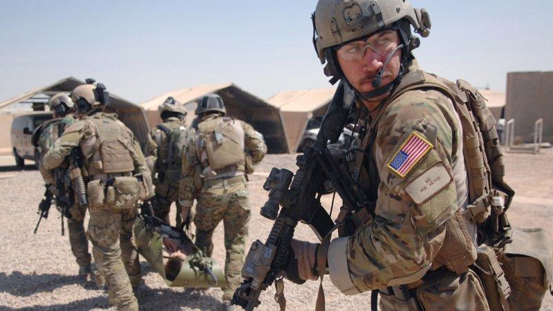 Ирак: частную военную компанию из США обвинили торговле людьми и контрабанде водки