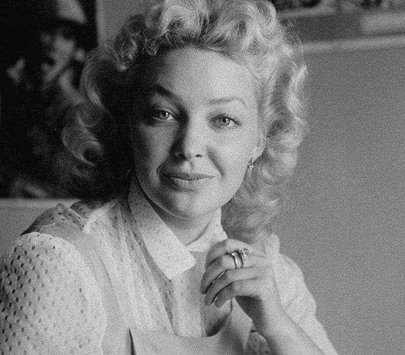 Москвички в 1956 году москвички, девушки, москва