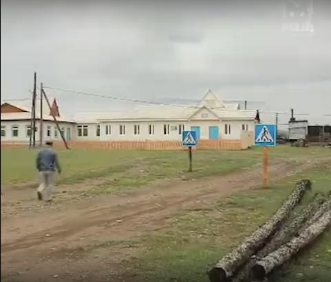 Самый абсурдный пешеходный переход России