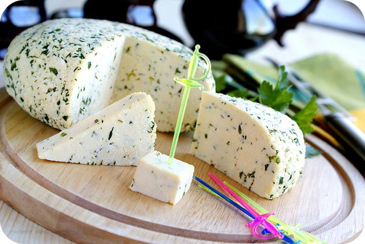 Рецепт творожного сыра в домашних условиях из молока и кефира