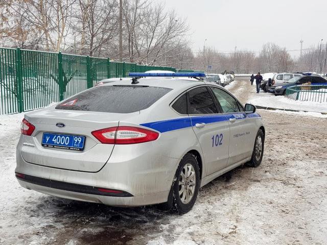 Полицейские задержали двух грабителей на Чонгарском бульваре