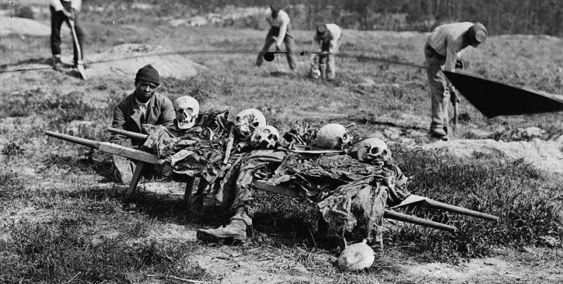 Ужасающие фотографии жертв самой кровопролитной войны в истории США
