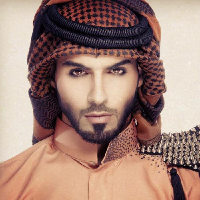 Его депортировали из Саудовской Аравии за непозволительно красивую внешность