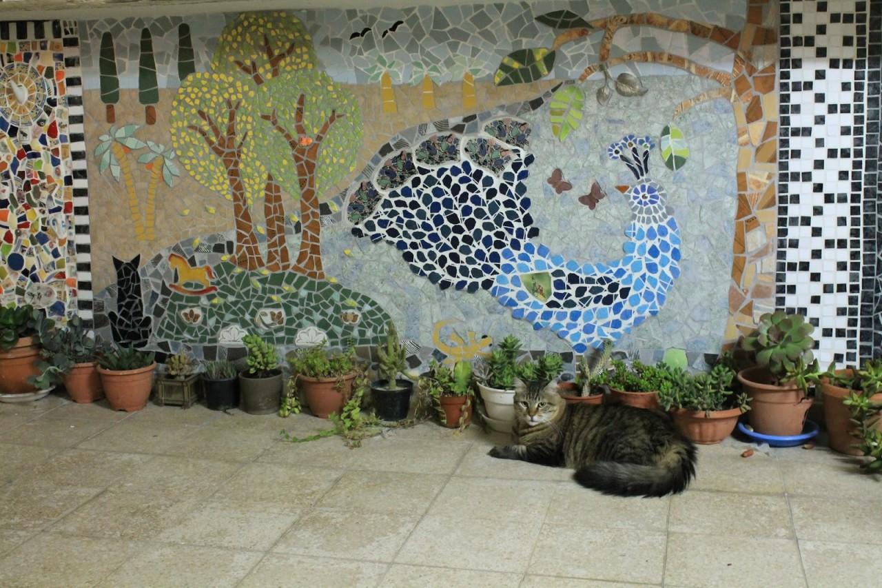 Дачная мозаика в саду своими руками 93