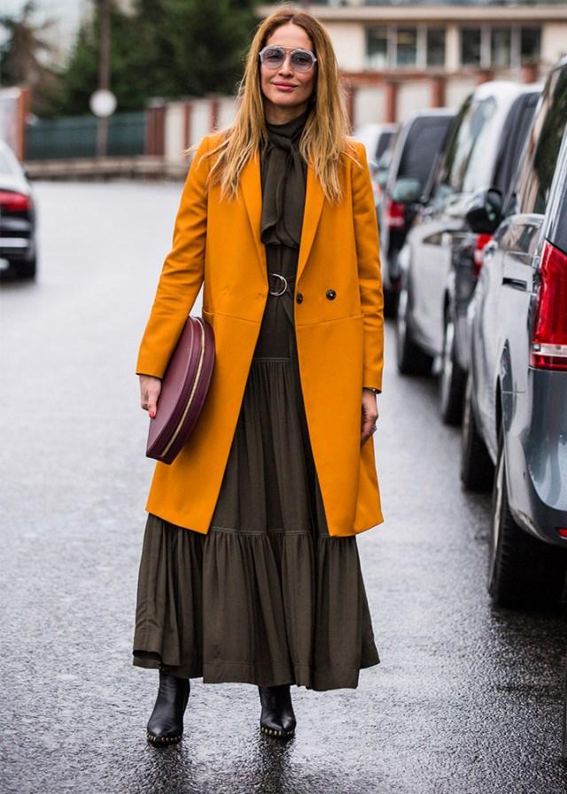 Как и с чем носить платье макси, чтобы выглядеть современно