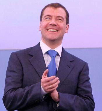 Медведев переизбран на пост лидера «Единой России»