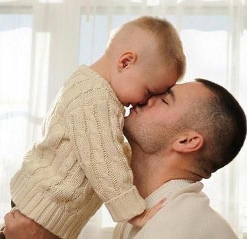 Ребенку нужен отец... Или я не права?