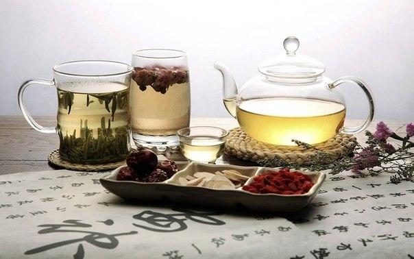 Чего не следует делать, заваривая чай