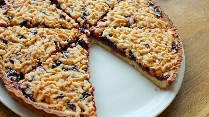 От кусочка этого пирог никто не откажется! Вкусно и просто!!!!