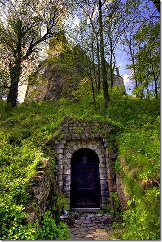 тайный ход в замок