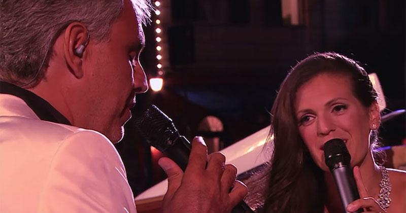 Андреа Бочелли спел со своей…