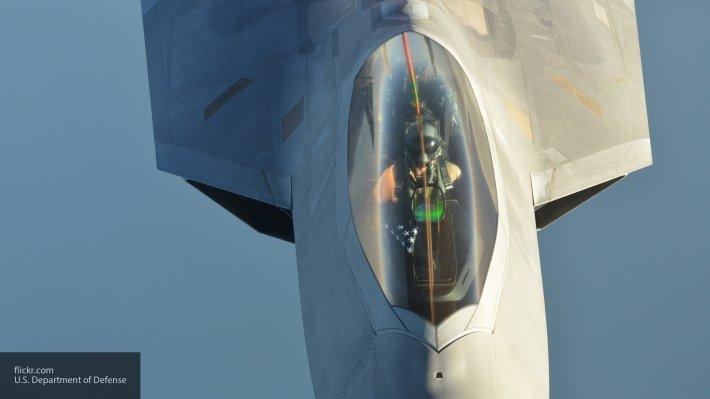 Эксперт об инциденте с Су-25 и F-22 в небе Сирии: США готовили масштабную провокацию