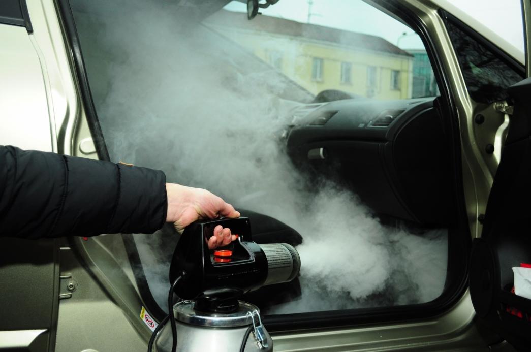 Запах от кондиционера — как избавиться?