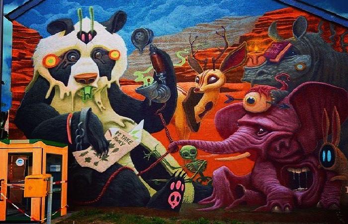 Панды с рожками, слоны с третьим глазом и другие персонажи на безумных муралах испанского поп-сюрреалиста