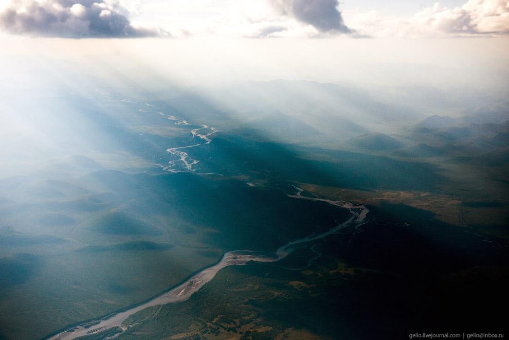 Поселок золотодобытчиков Усть-Нера летом