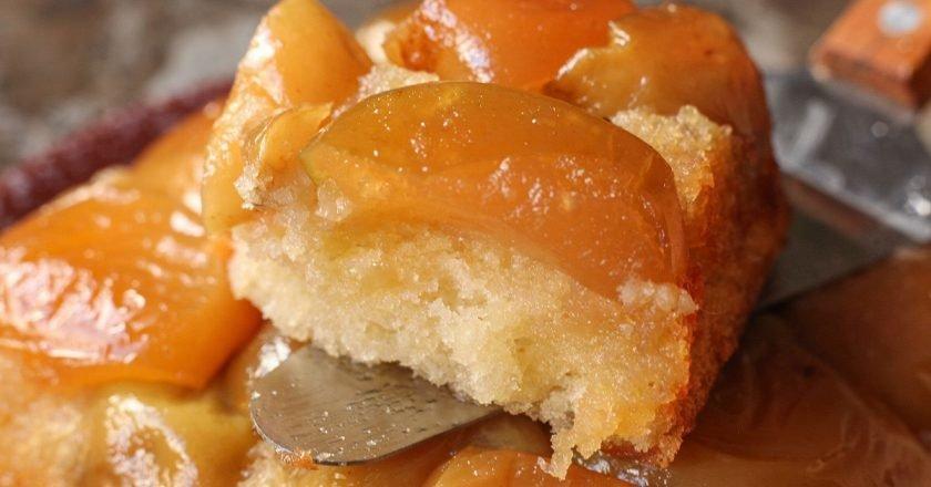Яблочный пирог «Мармеладное чудо»