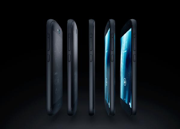 YotaPhone нового поколения представлен на выставке в Харбине