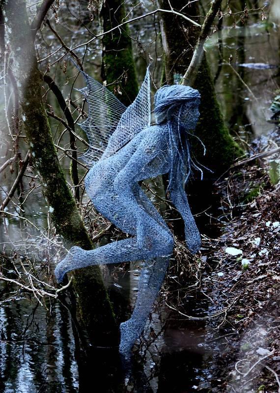 Derek Kinzett Life size Wire Sculptures