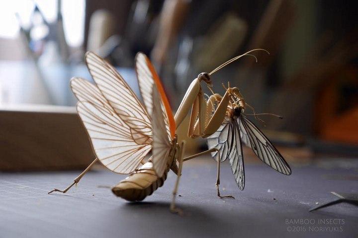 Скульптуры насекомых из дерева