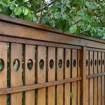 Деревянные заборы для дачи  от народных умельцев