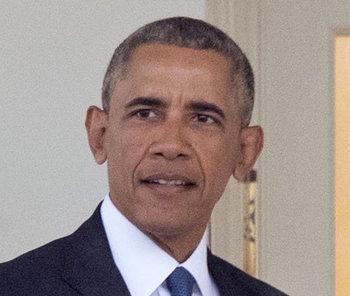 Обаму предлагают сделать президентом Франции