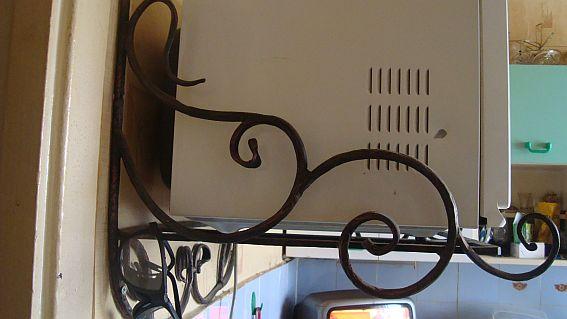 Подставка для микроволновки на стену своими руками