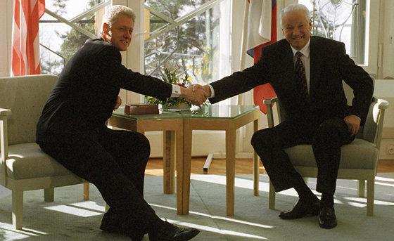 Запад признал: Пьяного Ельцина в президенты России выбрали США