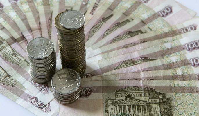 Рубль сдает позиции под нати…