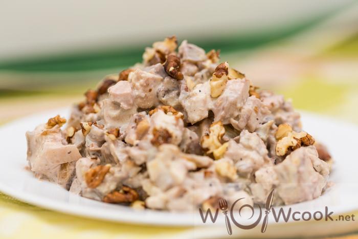 Салат шампиньоны грецкий орех яйца