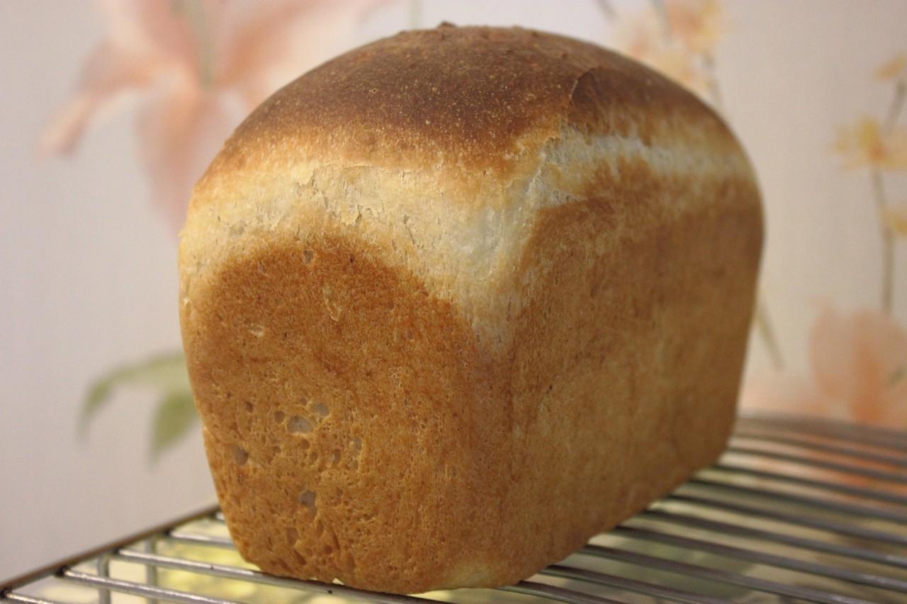 Пшеничный хлеб с цукини ( на закваске )