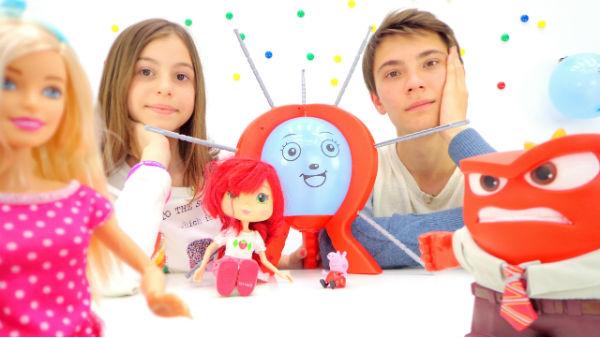 Барби, свинка Пеппа и Шарлотта Земляничка. Веселая вечеринка с подружкой Викой и Ильей.