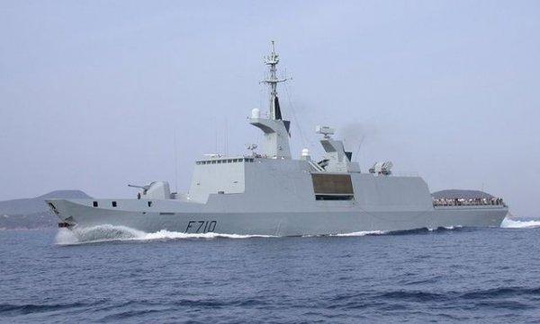 Французский «фрегат-невидимка» класса La Fayette был замечен в Черном море